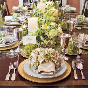 Glam holiday table