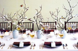 Modern and eco-friendly holiday table