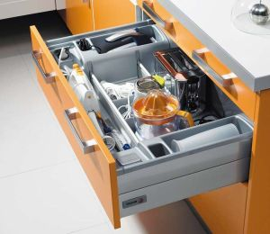 Multi-use drawers for kitchen items.