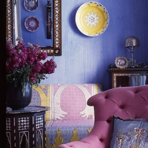 purple-moroccan-living-room-design-colorful-focal-bright-combination-stylish-elegant-decor