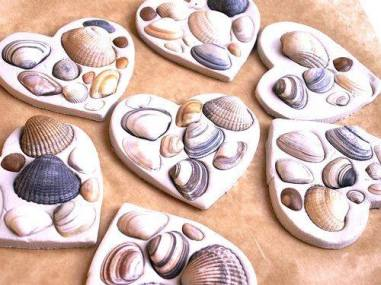 Heart-of-Ocean-DIY-Seashell-Crafts-for-Kids